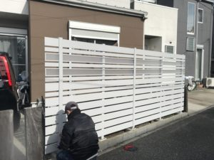 目隠しフェンス 工事